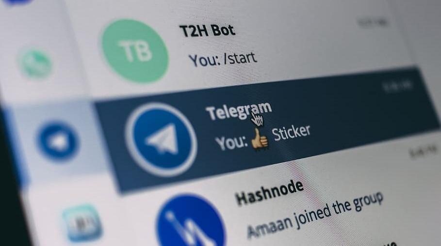 Importare sticker da Telegram a WhatsApp