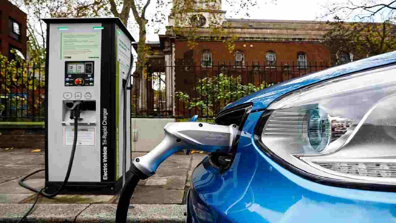 Ripartono gli incentivi auto 2021, fino a 2000 euro a vettura green