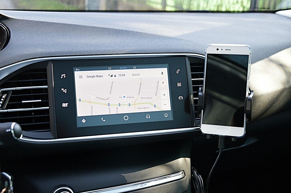 Come configurare l'app Android Auto con display wireless