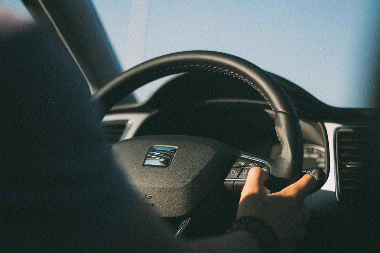 Gli occhiali intelligenti SEAT per monitorare lo sguardo degli automobilisti