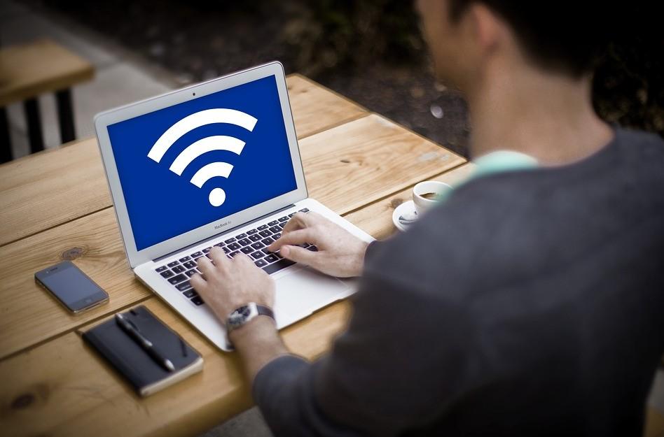 I più potenti amplificatori WI-FI della rete internet con fibra in vendita su Amazon