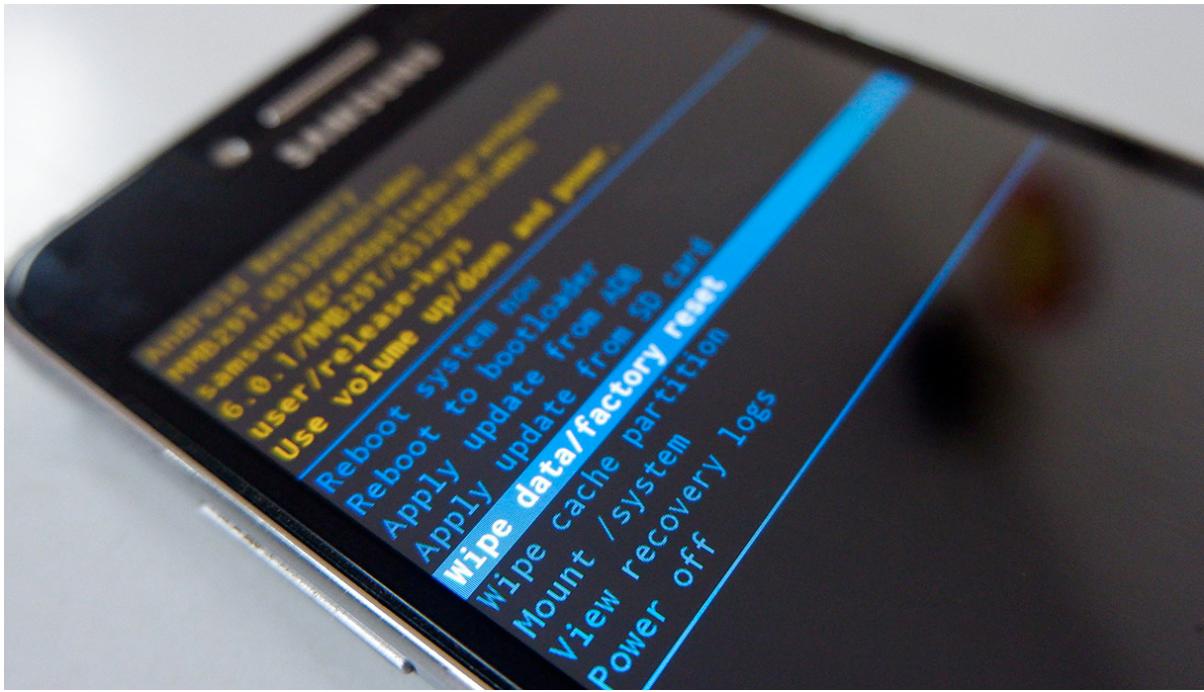 Come formattare un telefono Android bloccato