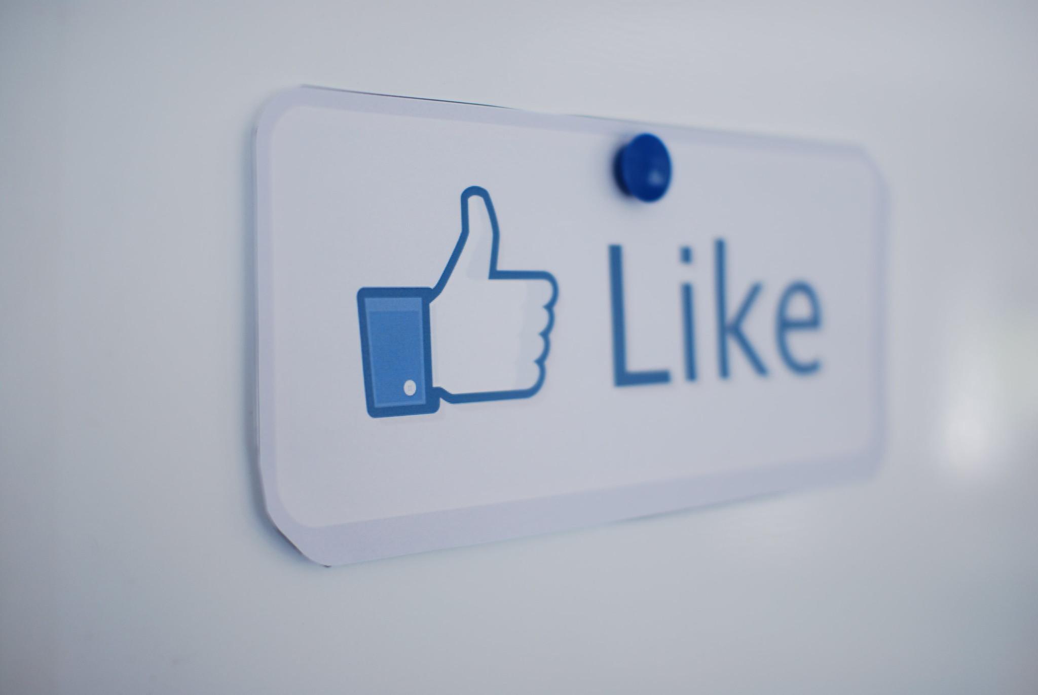 A proposito di come mettere i like tattici alle foto sui social