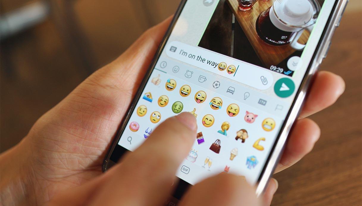 Come avere le nuove emoticons (emoji) per WhatsApp