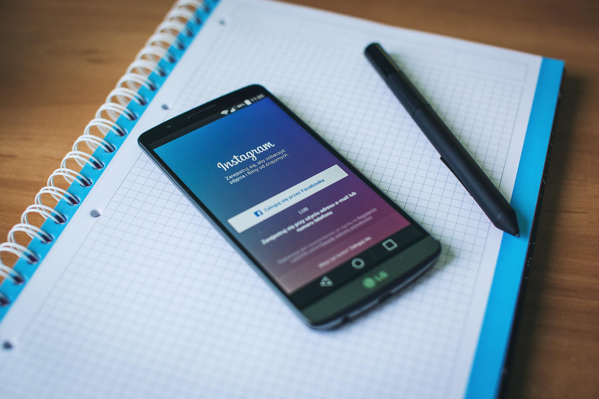 Come si fa a pubblicare una foto su Instagram senza tagliarla?