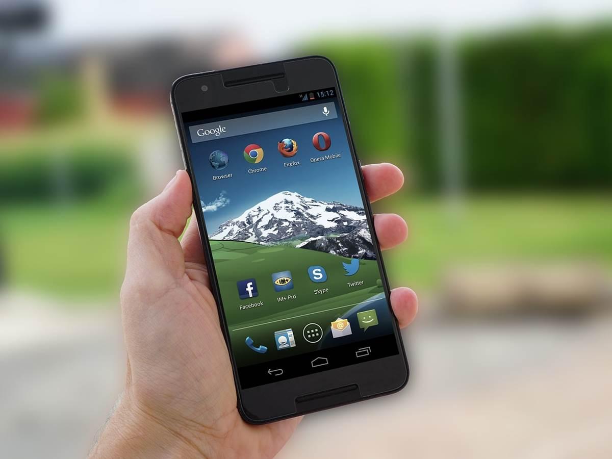 Se mi freghi ti cancello… Google mette al bando da Play Store App fraudolente