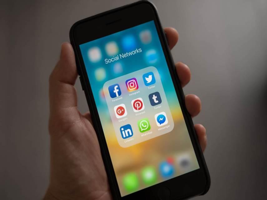 Facebook sta testando le chiamate vocali e video nella sua app principale
