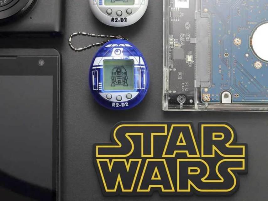 R2-D2 diventa un Tamagotchi… pronto a occuparti di un droide?