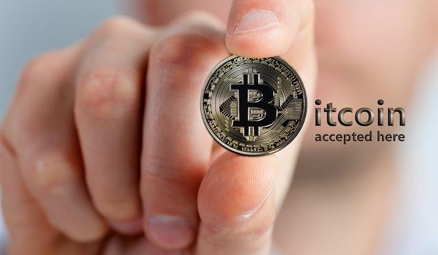 Accordo Binance – Shopify per pagare in Bitcoin sugli shop online