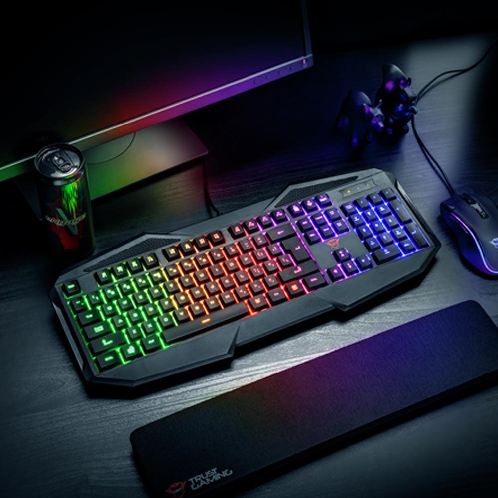 Queste sono le tastiere per pc wireless retroilluminate con mouse in corporato più costose in vendita su Amazon