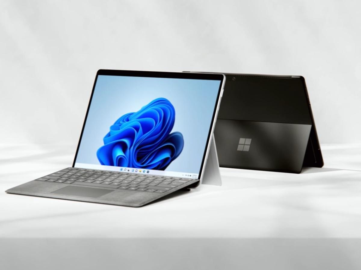 Microsoft presenta Surface Pro 8: nuovo design e schermo più grande a 120Hz