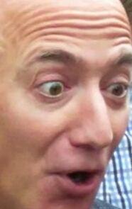 Su Twitch va di moda hackerare videogiochi per pubblicare il volto di Jeff Bezos