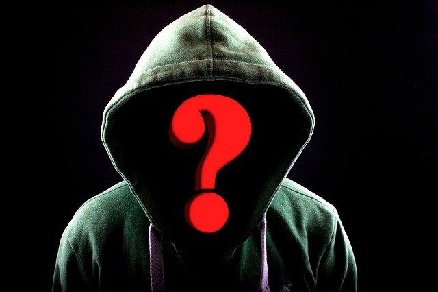 La Commissione Europea vuole vietare la registrazione anonima dei nomi a dominio