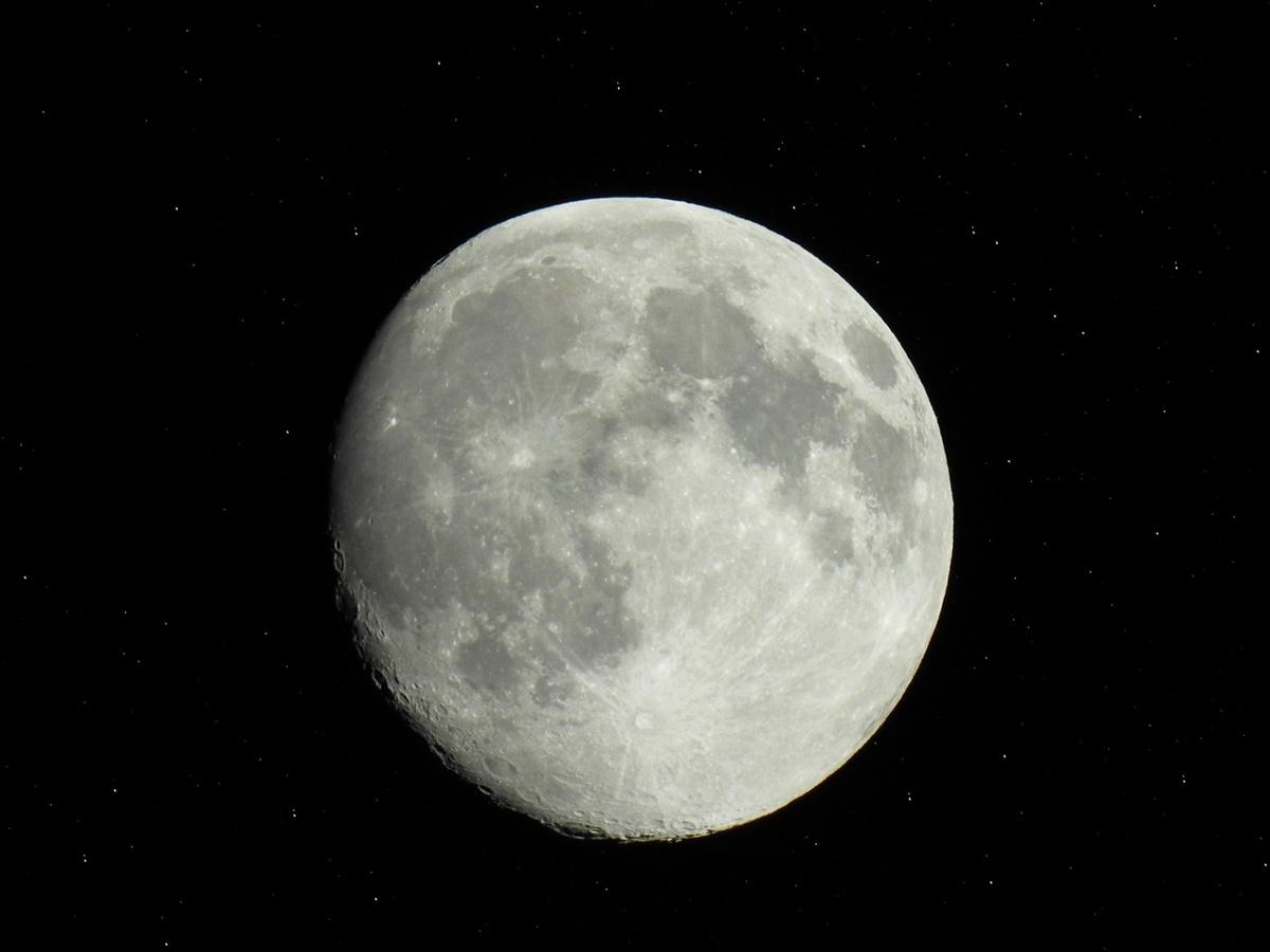 La NASA lancia un concorso per i giovani per la progettazione di robot lunari