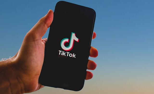 TikTok dedica il mese di ottobre alla salute mentale dei suoi utenti