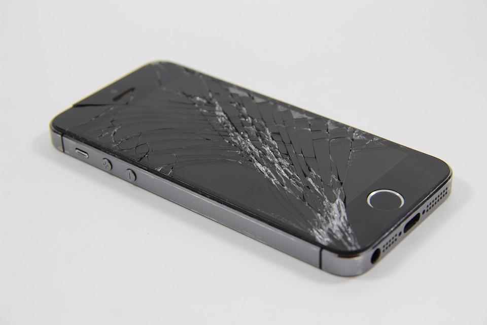 Come recuperare i dati da un telefono con display rotto