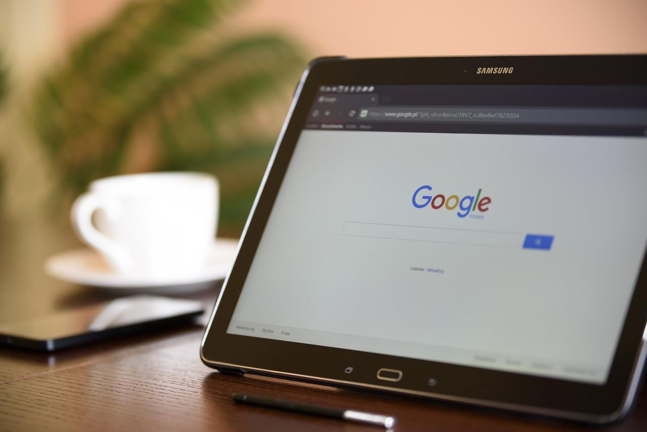 Google premierà i siti che offrono curiosità in risposta alle domande degli utenti